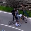 VIDEO YouTube, Domenico Pozzovivo cade sbattendo testa a terra al Giro d'Italia