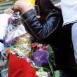 Roma, primi soccorsi vittime auto killer. Corazon Perez Abordo la vittima02