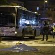 Roma. Donna morta, 7 feriti da auto con 3 rom che forza posto di blocco 03