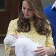 """""""Kate Middleton non ha partorito"""", """"pancione finto"""": teorie complottiste russe"""