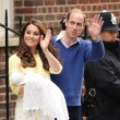 VIDEO YouTube - Royal girl, prima FOTO con Kate Middleton e William7