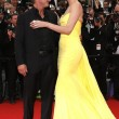 Cannes, Sean Penn e Charlize Theron mano nella mano sul red carpet5