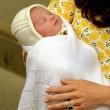 Royal Baby, l'atto di nascita della principessa Charlotte su Twitter03