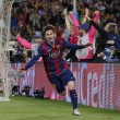 VIDEO YouTube. Messi, gol a cucchiaio in Barcellona-Bayern: Boateng-Neuer a terra 02