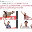 The Voice of Italy, semifinale: 4 in gara, Noemi bacia Roby Facchinetti FOTO 7