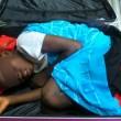 Abou, bambino ivoriano di 8 anni nascosto nel trolley prova entrare Spagna