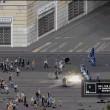 """""""Riot"""", videogioco per No Expo e No Tav: assalto banca, auto polizia in fiamme 03"""