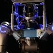 Walkman, il robot italiano che usa il trapano e guida