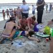 Oak Island, attaccati da squalo: due ragazzini perdono un braccio 01