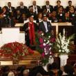 B.B. king, canti gospel ai funerali del re del blues08