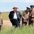 Kim Jong-un, leader Corea del Nord vestito da agricoltore visita fattoria