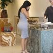Kim Kardashian incinta, quasi scoppia nel tubino aderente FOTO 2