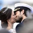 Svezia, il principe Carl Philip sposa la star reality Sofia01