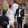 Svezia, il principe Carl Philip sposa la star reality Sofia04