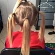 Preso in giro per 2 anni per i capelli troppo lunghi: li ha donati a bimbi malati05