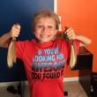 Preso in giro per 2 anni per i capelli troppo lunghi: li ha donati a bimbi malati01
