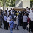 """Roma: funerali Corazon Abordo FOTO Marino contestato: """"Vergogna, vattene""""4"""