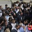 """Roma: funerali Corazon Abordo FOTO Marino contestato: """"Vergogna, vattene""""9"""