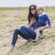 Kate Middleton e il principino George giocano sul campo di polo FOTO 6