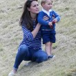 Kate Middleton e il principino George giocano sul campo di polo FOTO 4