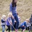 Kate Middleton e il principino George giocano sul campo di polo FOTO 2