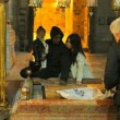 Kim Kardashian e Kanye West battezzano North in chiesa armena a Gerusalemme FOTO 5