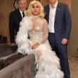 Lady Gaga con l'abito sexy all'incontro con il principe Harry04