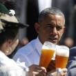 G7: Merkel fa gli onori di casa, Obama beve birra15