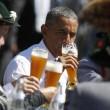 G7: Merkel fa gli onori di casa, Obama beve birra11