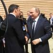 """Putin a Expo scherza con Renzi: """"Italia grande partner della Russia"""