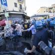 Roma, corteo anti-rom CasaPound contro corteo anti-fascisti: scontri 06