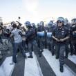 Roma, corteo anti-rom CasaPound contro corteo anti-fascisti: scontri 07