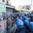 Roma, corteo anti-rom CasaPound contro corteo anti-fascisti: scontri 08