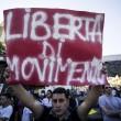 Roma, corteo anti-rom CasaPound contro corteo anti-fascisti: scontri 10