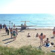 VIDEO YouTube - Santa Severa, ultraleggero cade in mare davanti ai turisti 01