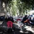 Tiburtina Roma, centinaia di profughi accampati 02