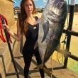 """Valentine Thomas, sexy pescatrice con la fiocina insultata su Fb: """"Assassina""""04"""
