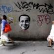 """Berlusconi come Mr Grey di """"50 sfumature di grigio"""": i graffiti a Bangkok1"""