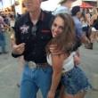 VIDEO YouTube - Alexis Frulling fa sesso a tre per strada. Viene ripresa e... 02