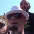 "VIDEO YouTube - J-Ax: ""Carlo Giovanardi è gay"""