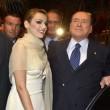 Sondaggio. Berlusconi regala a Francesca Pascale collana della mamma. Ci credi?