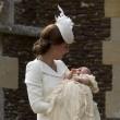Charlotte, battesimo royal baby in carrozzina d'epoca020