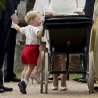Charlotte, battesimo royal baby in carrozzina d'epoca8