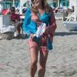 Daniela Santanchè, vacanze al Twiga: partite a racchettoni e bagni in mare8
