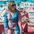 Daniela Santanchè, vacanze al Twiga: partite a racchettoni e bagni in mare7