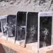 VIDEO YouTube. Quanti iPhone servono per fermare un colpo di kalashnikov?3