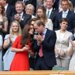 Kate Middleton e William nel box reale a Wimbledon: duchessa sfoggia vestito rosso10