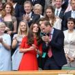 Kate Middleton e William nel box reale a Wimbledon: duchessa sfoggia vestito rosso9