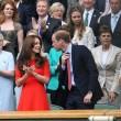 Kate Middleton e William nel box reale a Wimbledon: duchessa sfoggia vestito rosso5
