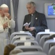 """Papa Francesco: """"Non ho assaggiato la coca, questo è chiaro, eh?"""""""